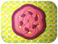 tutorial :: woven circles trivet...looks complicated ,but, is quite simple