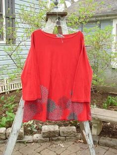 Barclay NWT Reverie Top Chrysanthemum Ruby Size 1