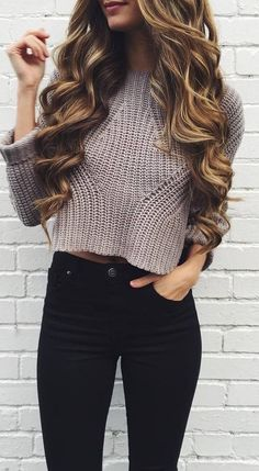 knit sweater and black skinnies