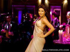 Priyanka's famous saree of desi girl song
