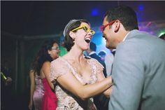 Dança! Casal! Noivos! Alegria! Casamento Wedding