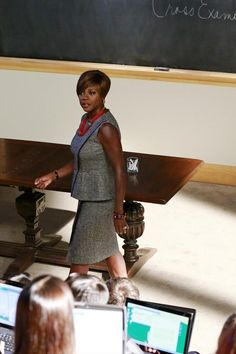The Power Necklaces of *How To Get Away With Murder*'s Annalise Keating, Ranked | Vanity Fair