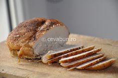 "Sunca de pui facuta ""in casa"" Romanian Food, Home Food, Baby Food Recipes, Bread, Chicken, Cooking, Salads, Baking Center, Koken"