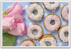 Kleine Mohn-Küchlein im Donut Style