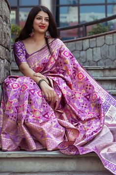 8c6a7d4cbac642 Bhelpuri Light Purple Banarasi Patola Silk Woven Saree with Blouse Piece  Best Designer Sarees
