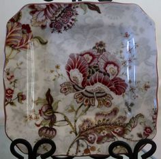222 FIFTH GABRIELLE RED SALAD PLATES SQUARE NEW IN BOX PORCELAINE ...
