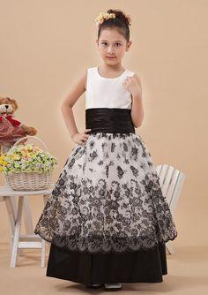 2015 Ribbon Satin Zipper Black White Appliques Sleeveless Straps Ruched Floor Length Flower Girl Dresses FGD