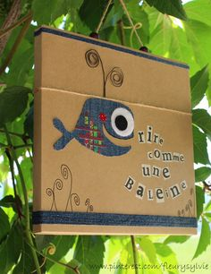 Rire comme une baleine #jeans #recycle http://pinterest.com/fleurysylvie/mes-creas-la-collec/ et www.toutpetitrien.ch