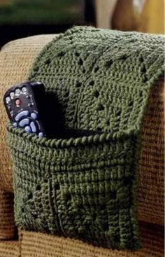 crochet remote holder pattern