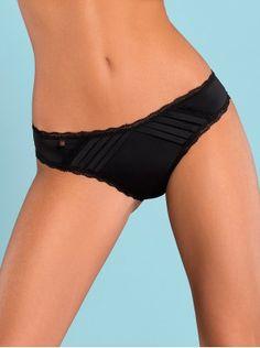 Blackardi Shorties Black www.lintimo.ch | Der charmante Damenslip Blackardi besticht mit seinem feinen Satin und edler Spitze. Der Damenslip ist angenehm elastisch und passt sich dadurch optimal an. Charmante Damenunterwäsche von Obsessive Dessous. Material: 90% Polyamid, 10% Elasthan | #woman #fashion#lintimo #lintimolingerie #lintimodessous #lingerie #dessous#thong #strings #panties #sexy #black #blue |