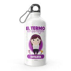 Termo - El termo del mejor estilista, encuentra este producto en nuestra tienda online y personalízalo con un nombre. Water Bottle, Drinks, Personal Stylist, Carton Box, Letters, Store, Style, Drinking, Beverages