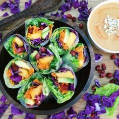 Rainbow Summer Rolls - These look amazing! Can't wait to try them!
