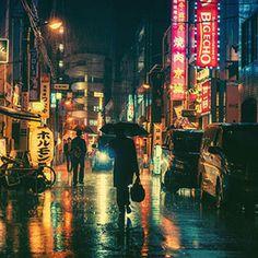 Cinematic Photographs of Tokyo at Night by Masashi Wakui