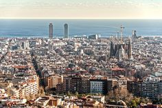 sagrada familia view bunker del carmel - where to watch the sunset