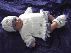 So pretty! Hand knitted complete Pram set for new baby/reborn doll OOAK NWT