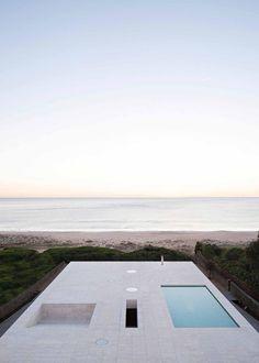Casa del infinito por Alberto Campo Baeza. Fotografía © Javier Callejas Sevilla. Señala encima de la imagen para verla más grande.