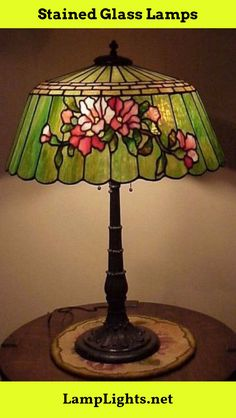 Antique Arts & Crafts Leaded Slag Glass Tiffany Era Lamp by Duffner & Kimberly Stained Glass Lamp Shades, Stained Glass Light, Stained Glass Windows, Art Nouveau, Stained Glass Projects, Stained Glass Patterns, Tiffany Lamp Shade, Lampe Art Deco, Tiffany Glass