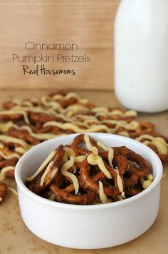 Cinnamon Pumpkin Pretzels | Real Housemoms