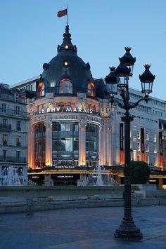 Bazar de l'Hôtel de Ville, Paris