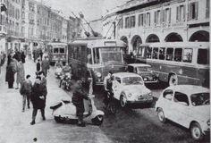 Traffico intenso in Corso Zanardelli http://www.bresciavintage.it/brescia-antica/cartoline/traffico-intenso-in-corso-zanardelli/