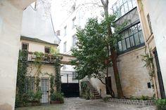 Paris- 6th arrondissement. Cour de Rohan / 1. Used to be Balthus studio.