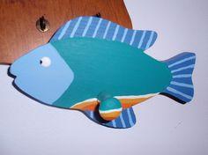 Wooden fish key hohlder