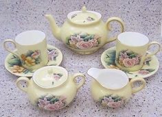 Crystal Cathedral Ministries Hour of Power 9pc Bone China Small Tea Set Yellow