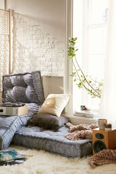 My go-to pass out after class bed lol ~ Magical Thinking Rohini Daybed Cushion - Urban Outfitters Apartment Essentials, Boho Living Room, Living Spaces, Decoration Design, Floor Cushions, Living Room Inspiration, My New Room, Room Decor, House Design