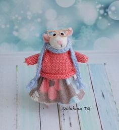 Needle felted wool mouse with glasses Mouse by WorkshopTatyanas
