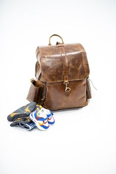Oscar Baby Bag - You would be surprised how much space you can access - Storage compartments on point.