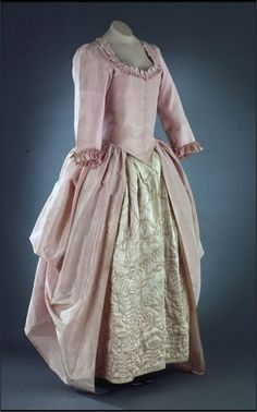 Gown, pink-lavender lustring polonaise 1770-1785. Colonial Williamsburg