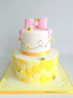 Bee Baby Shower Cake, 10 Baby Shower Cakes via Pretty My Party