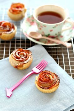 Recipe Apple roses Rose di mela con pasta sfoglia, Puff Pastry