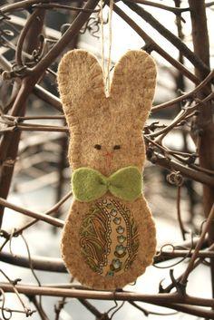 felt bunny, for Easter wreath