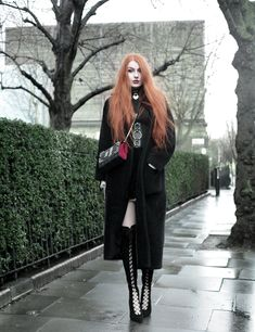 Olivia Emily wears Skinny Bags Dark Thoughts Book Clutch, Vintage Max Mara coat, and Asos Lace Up Boots Rock Outfits, Gothic Outfits, Fashion Outfits, Dark Fashion, Gothic Fashion, Fashion Looks, Olivia Emily, Everyday Goth, Looks Dark