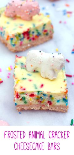 Animal Cracker Cheesecake Bars Frosted Animal Cracker Cheesecake Bars -- These Frosted Animal Cracker Cheesecake Bars consist of funfetti cheesecake with a circus animal cookie crust. Basically, your childhood in cheesecake form! Cheesecake Cookies, Cheesecake Recipes, Cookie Recipes, Dessert Recipes, Homemade Cheesecake, Frosted Animal Crackers, Animal Cookies Recipe, Cobbler, Salted Caramel Fudge