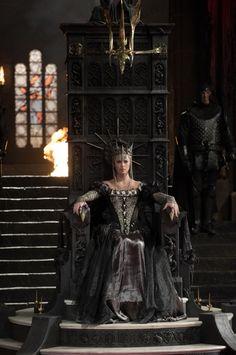Snow White and the Huntsman (2012) - Ravenna (Charlize Theron)