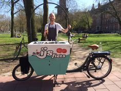 Buiten trouwen? Festivalbruiloft? De ijsfiets is geen food truck maar een food fiets! Verwen je gasten met 100% biologische ijsjes!