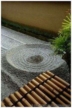 Stone falling on water (龍源院) | Flickr - Photo Sharing! small zen garden, rock represents drop with ripples in gravel, doable on a small scale