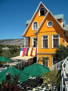 Hotel Brighton, cerro Concepción, Valparaíso-Chile. by EcoturChile, via Flickr