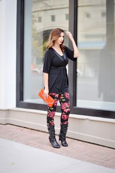 Floral Leggings outfit with a feminine and edgy twist! Love these floral leggings from Simple Addiction (they are a dupe for the pricy Lularoe leggings) and this cute top I scored from ThredUp // Hey There, Chelsie