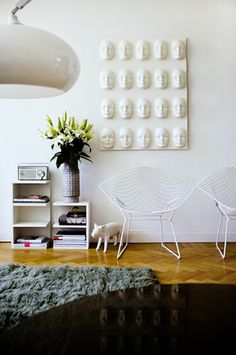 white knoll diamond chairs: my fave!