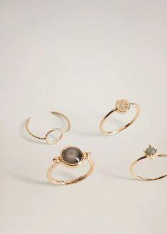 Metallic finish Pack of 4 Semiprecious stone detail Crystal bead Crystal Beads, Crystals, Wishlist Shopping, Costume Jewelry, Jewelry Rings, Mango, Women Jewelry, Hoop Earrings, Stone