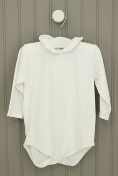 Kissy Kissy Size 18-24M White Ruffled Collar Onesie