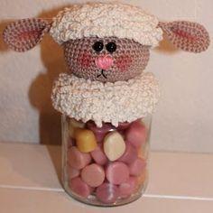 lussen) 42 v in achterste lus 42 lussen in voorste lus Crochet Sheep, Easter Crochet, Crochet Home, Crochet Gifts, Crochet Animals, Crochet Dolls, Easter Crafts, Fun Crafts, Diy And Crafts