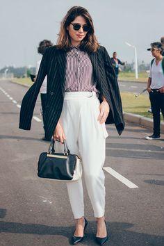Ligia Carvalhosa Bazaar revista look do dia blazer listrado camisa calca