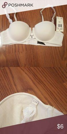 1d226847bc Donna L oren demi cup bra white demi cup bra with beautiful detailed  detachable straps Donna L oren Intimates   Sleepwear Bras