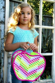 Apple FREE Lunch Box Sewing Pattern and Tutorial - The Cottage Mama. Guest post on The Cottage Mama blog from Rebecca from Rock the Stitch.