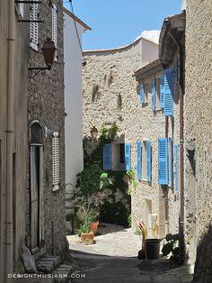 Mougins, France | photo by Designthusiasm.com  #travel #travelphotos #provence #southoffrance