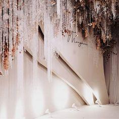 Flow of surfaces . Ballroom Wedding, Wedding Stage, Dream Wedding, Wedding Backdrop Design, Wedding Decorations, Flower Installation, Indoor Wedding, Event Decor, Event Design